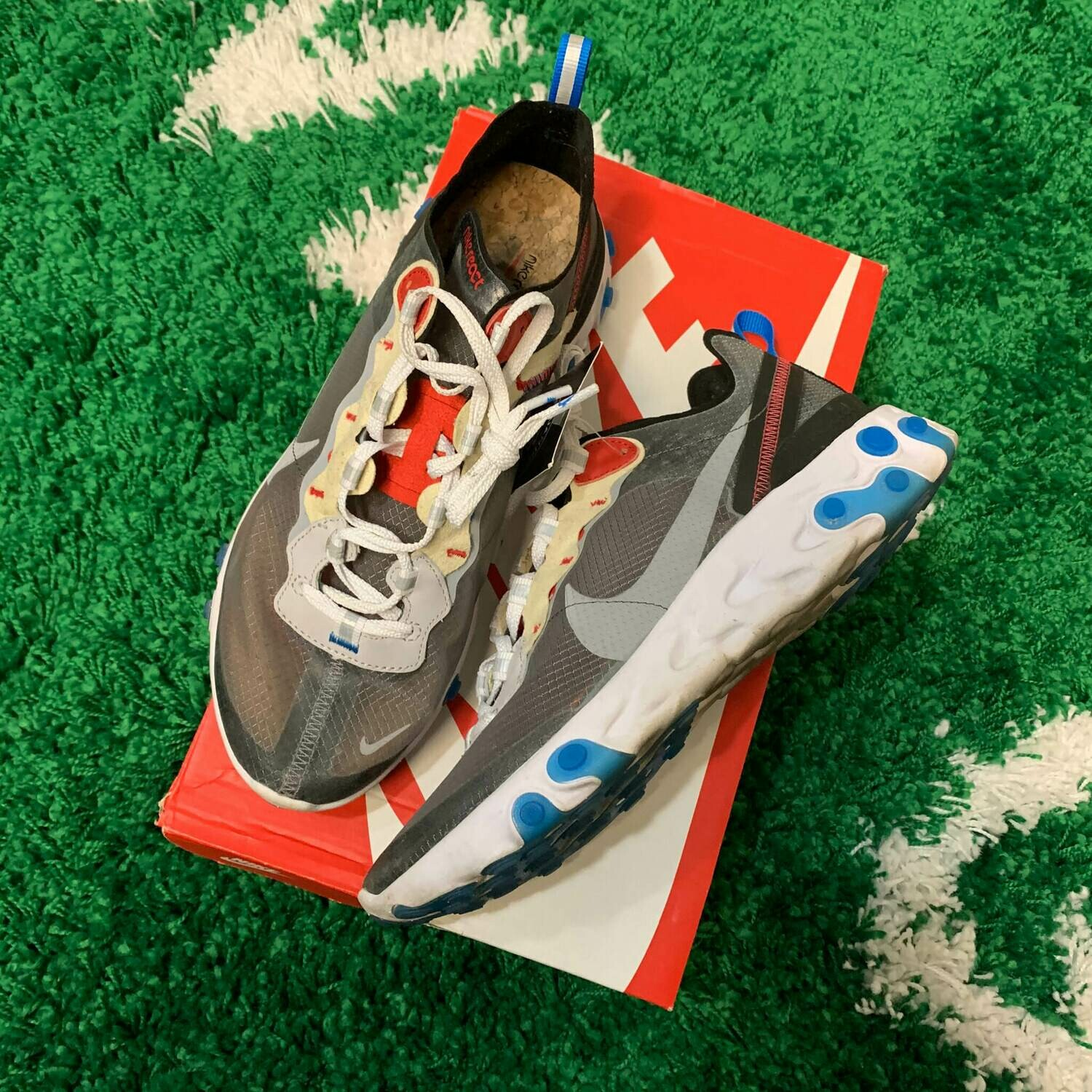 Nike React Element 87 Dark Grey Size 7.5
