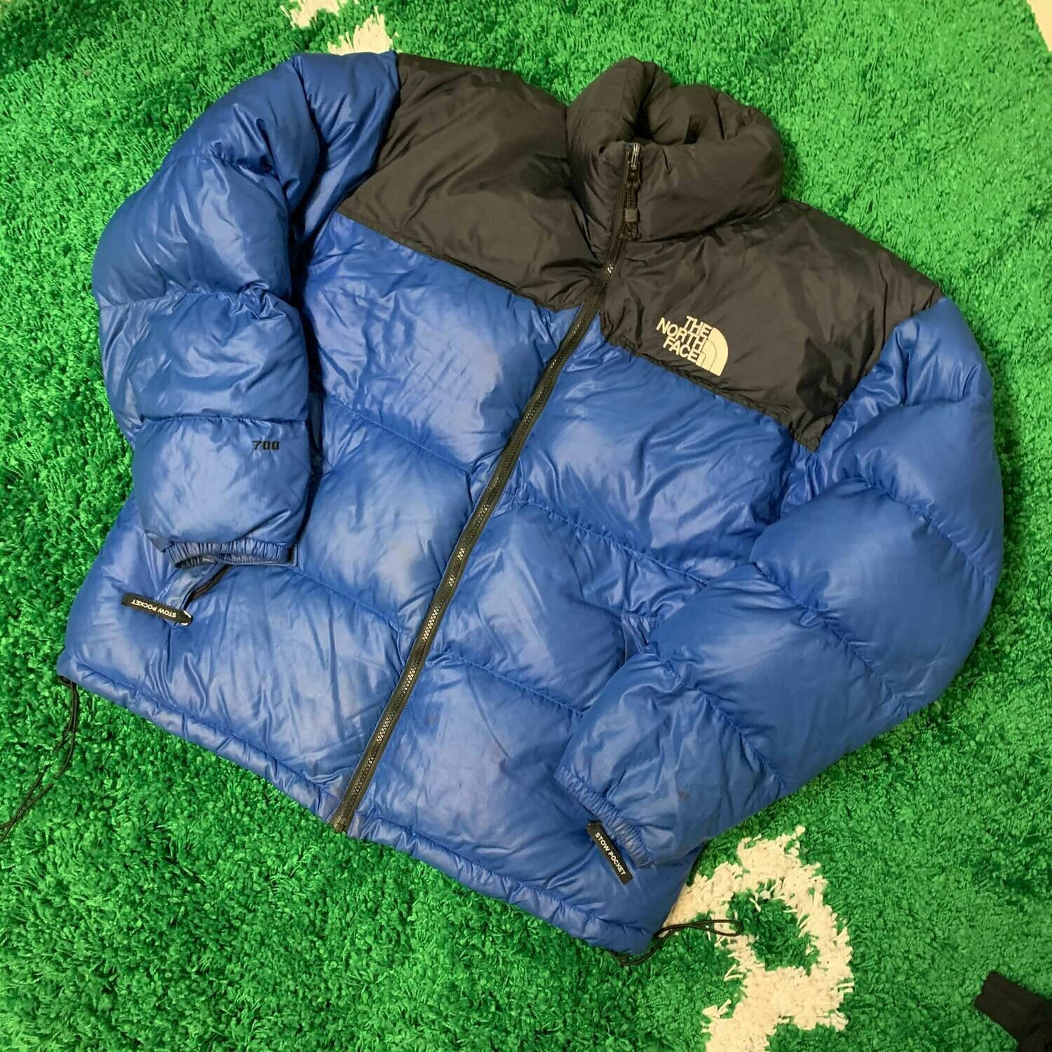 The North Face 700 Nuptse Size XL