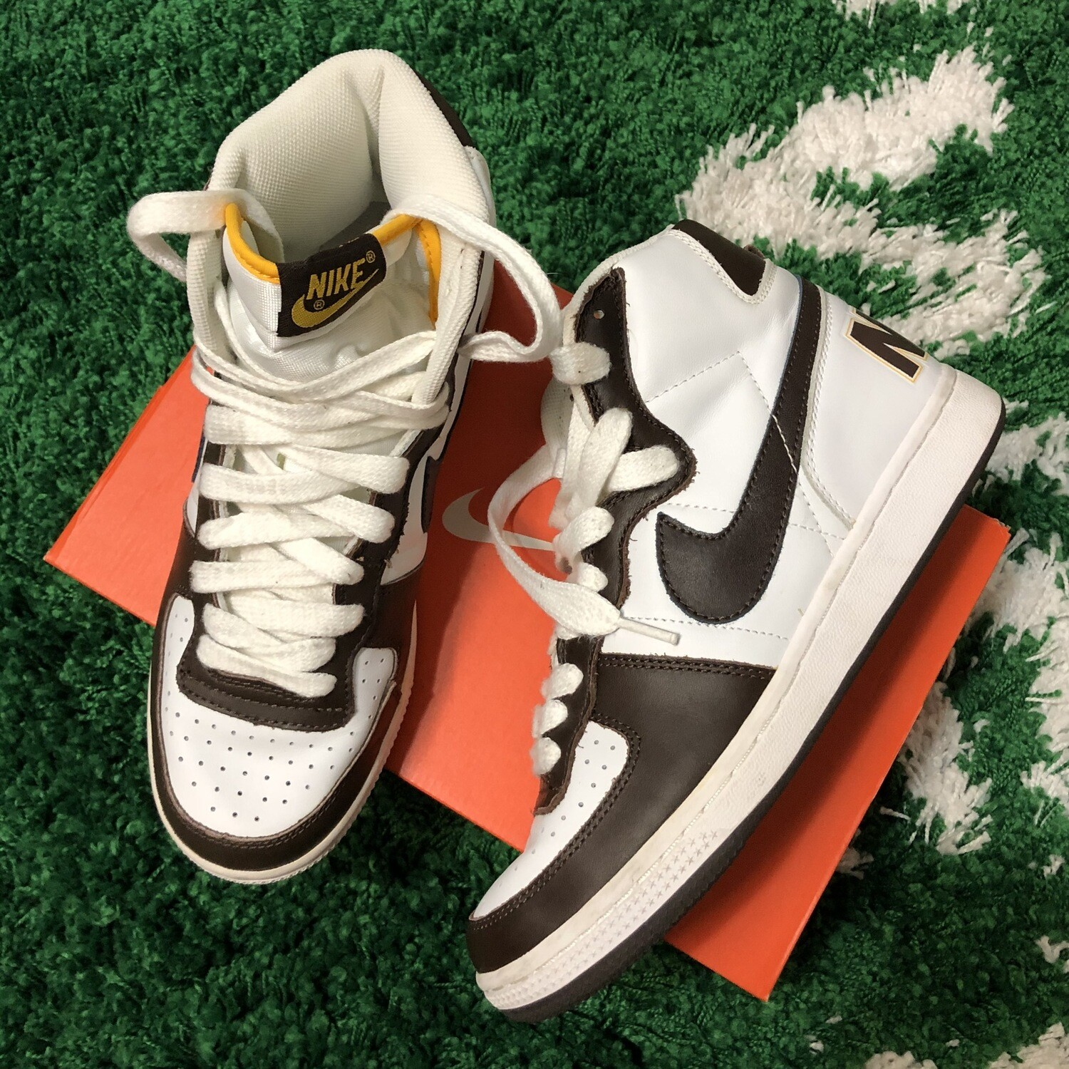 Nike Terminator White And Brown Size 8