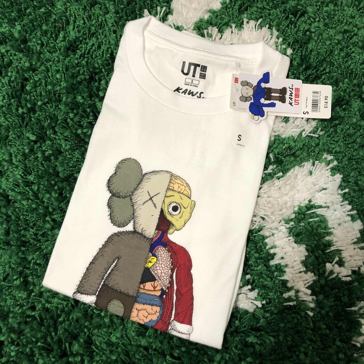 KAWS x Uniqlo Flayed Tee Size Small