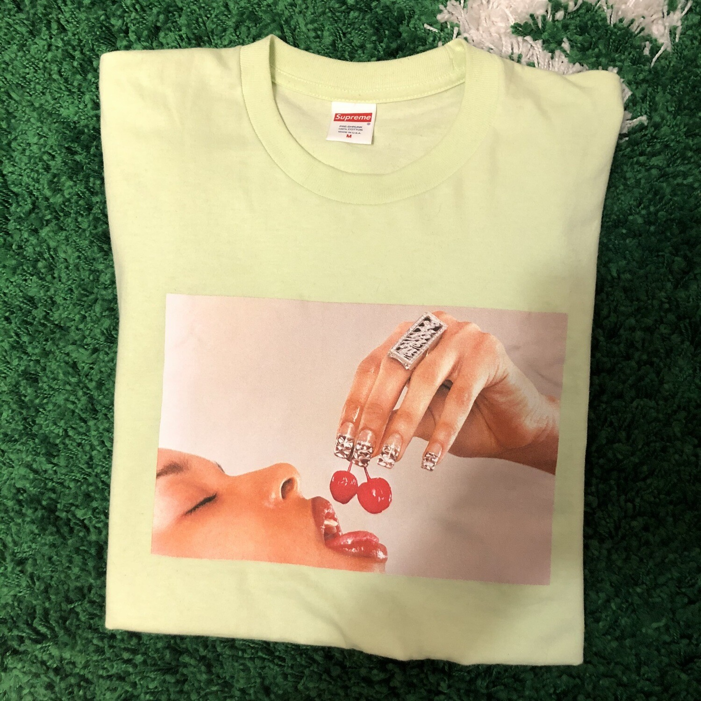 Supreme Cherries T-Shirt Size Medium
