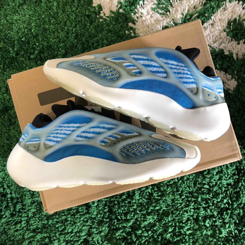 Adidas Yeezy 700 v3 Arzareth Size 6.5