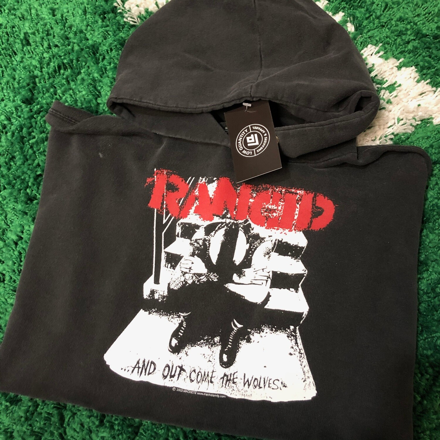 Rancid ...and out come the wolves 2003 Hoodie Size Large