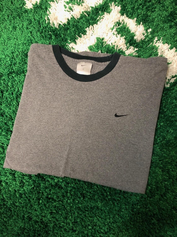Nike Small Swoosh Ringer Size Large