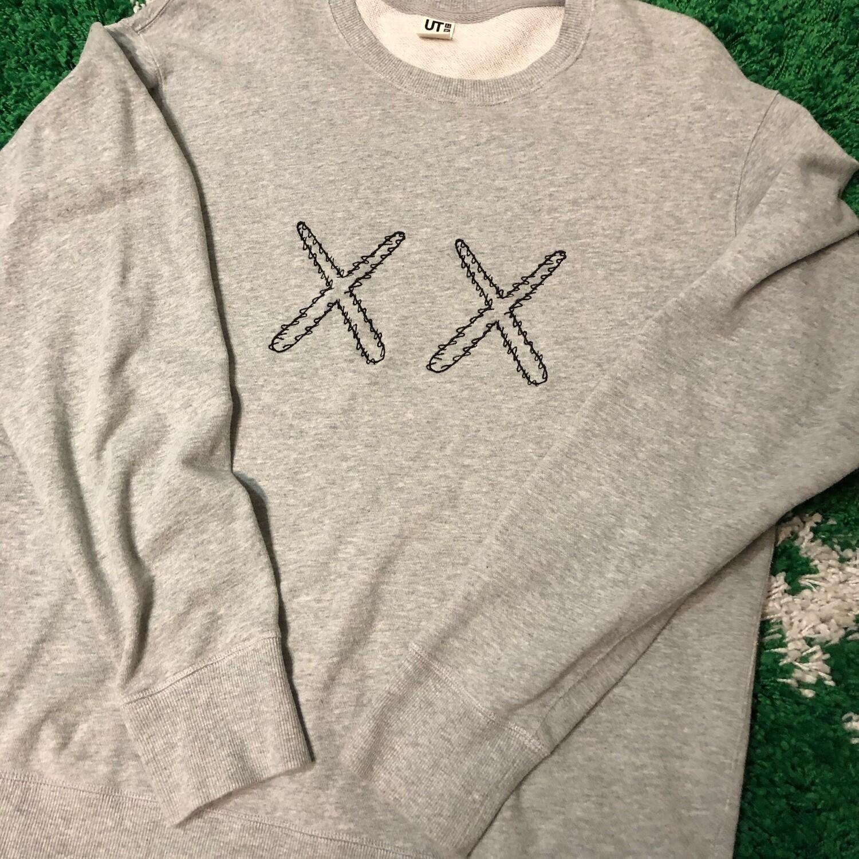 Kaws x Sesame Street Sweater Size Large