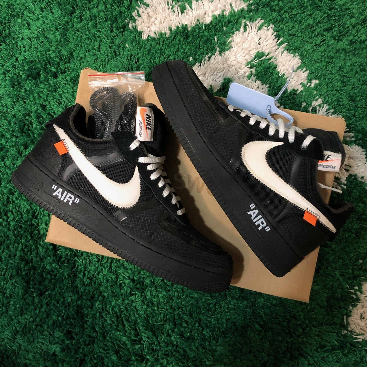 Nike x Off-White Air Force 1 Black Size 8