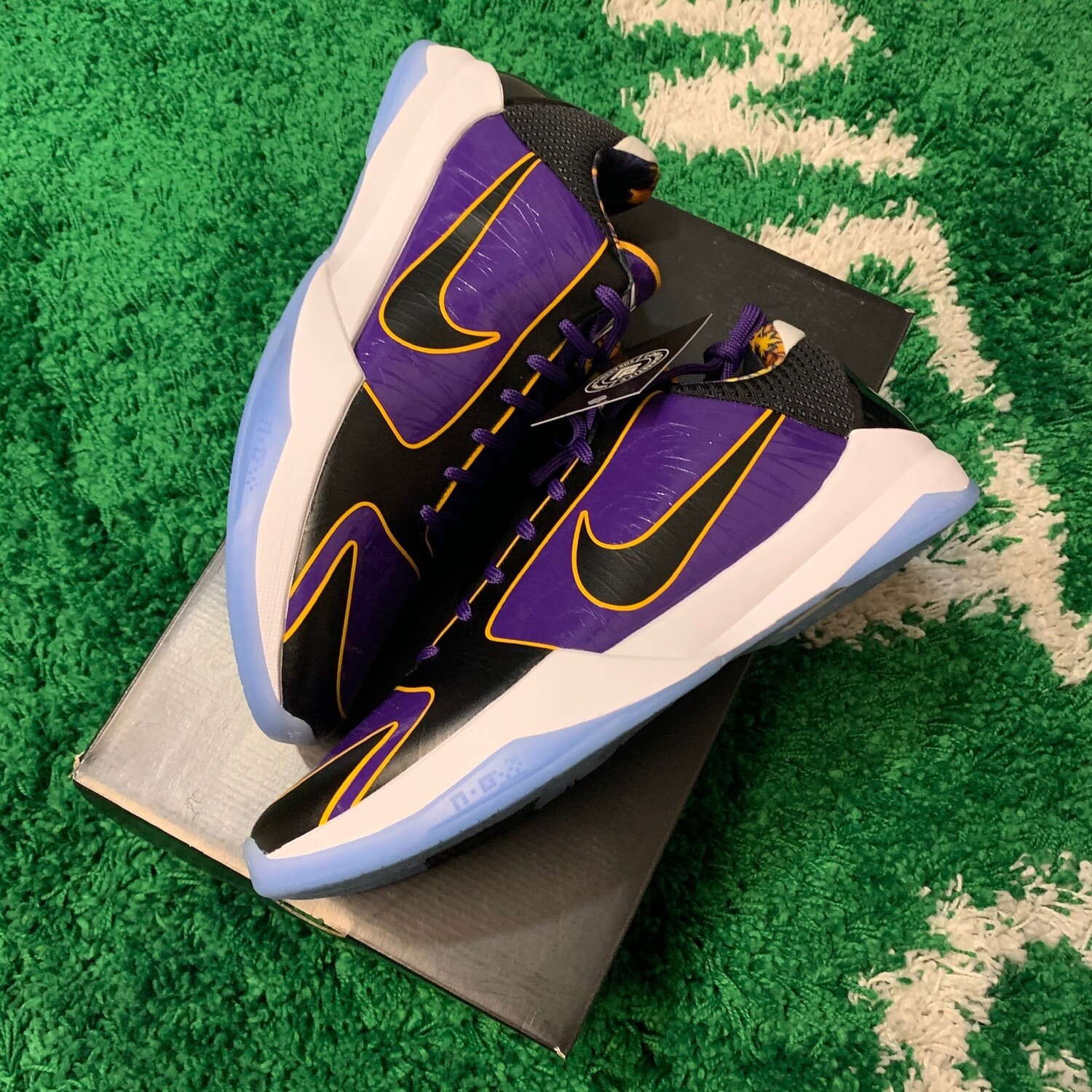 Nike Kobe 5 Lakers Size 13