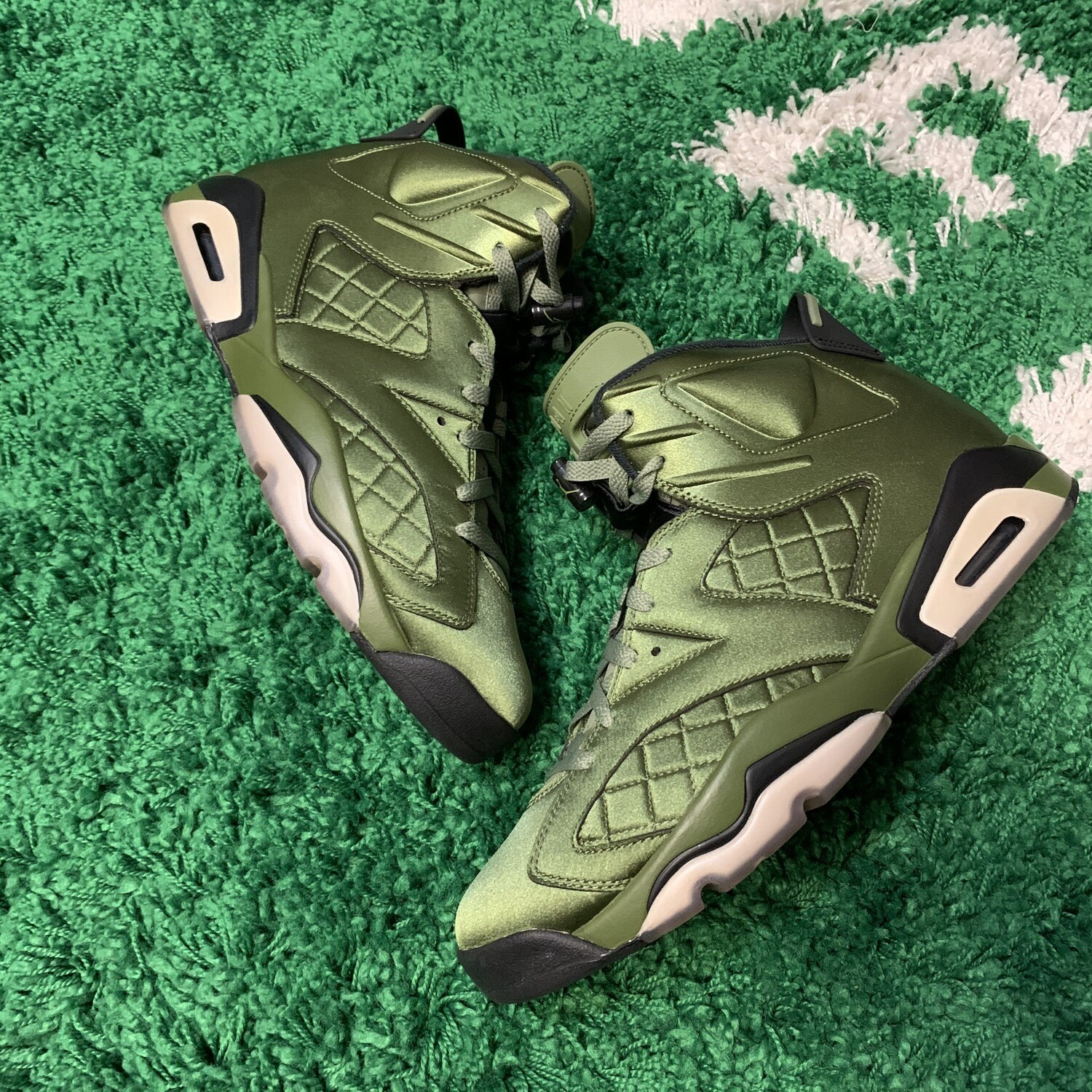 Air Jordan 6 Flight Jacket Size 12