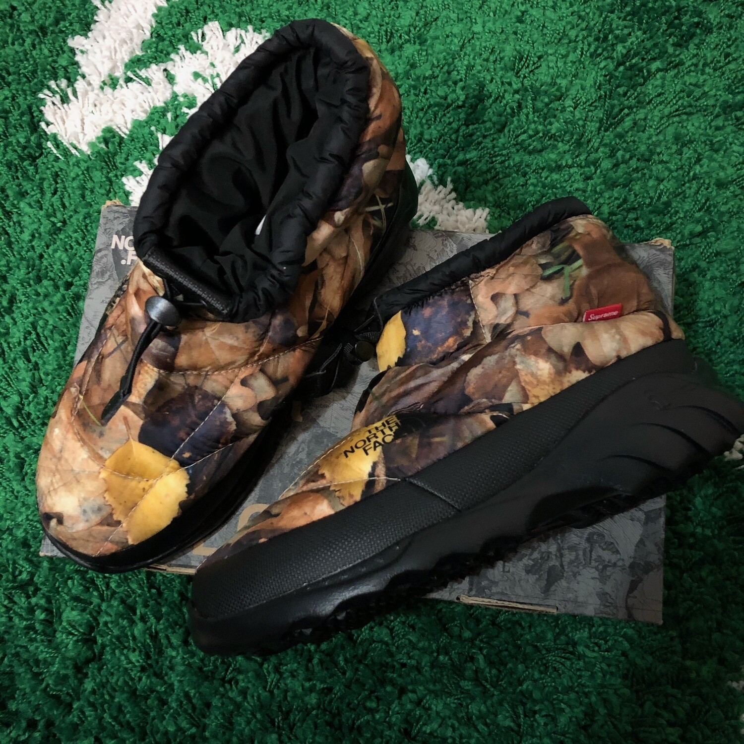The North Face Nuptse Bootie Supreme Leaves Size 7