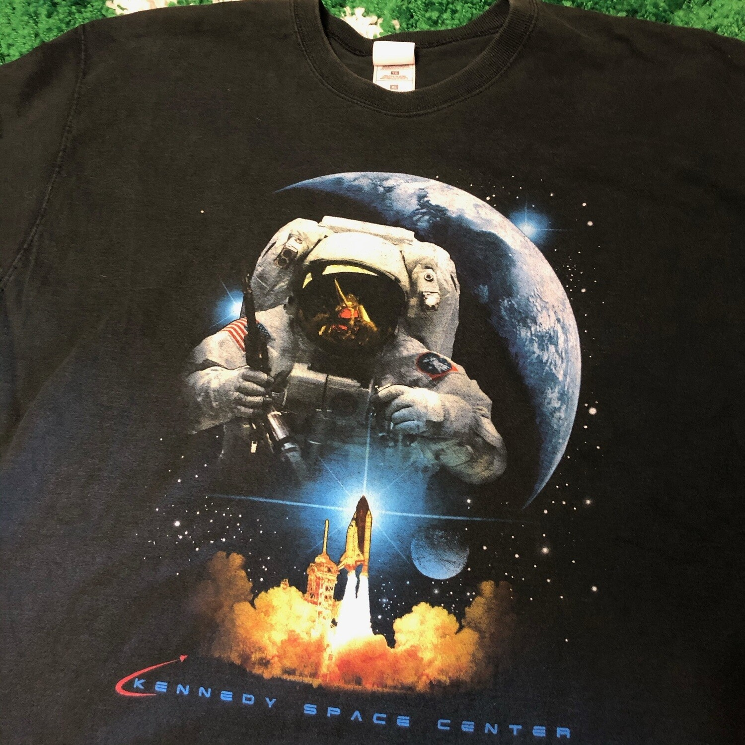 Kennedy Space Center Tee Size XL