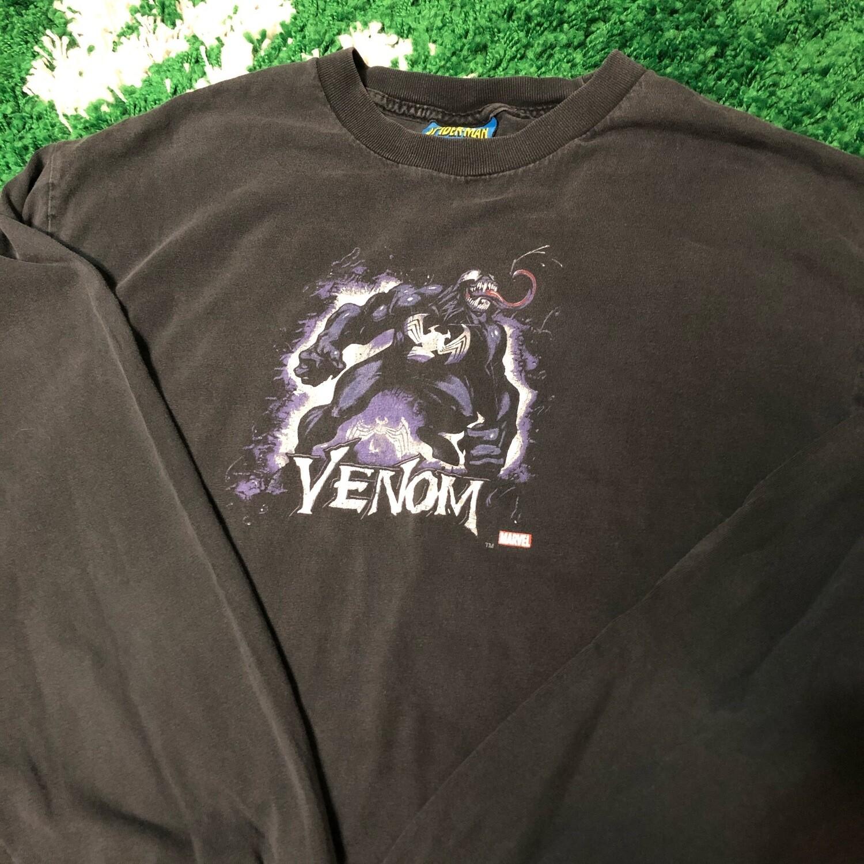 Venom Marvel Long Sleeve Size Large