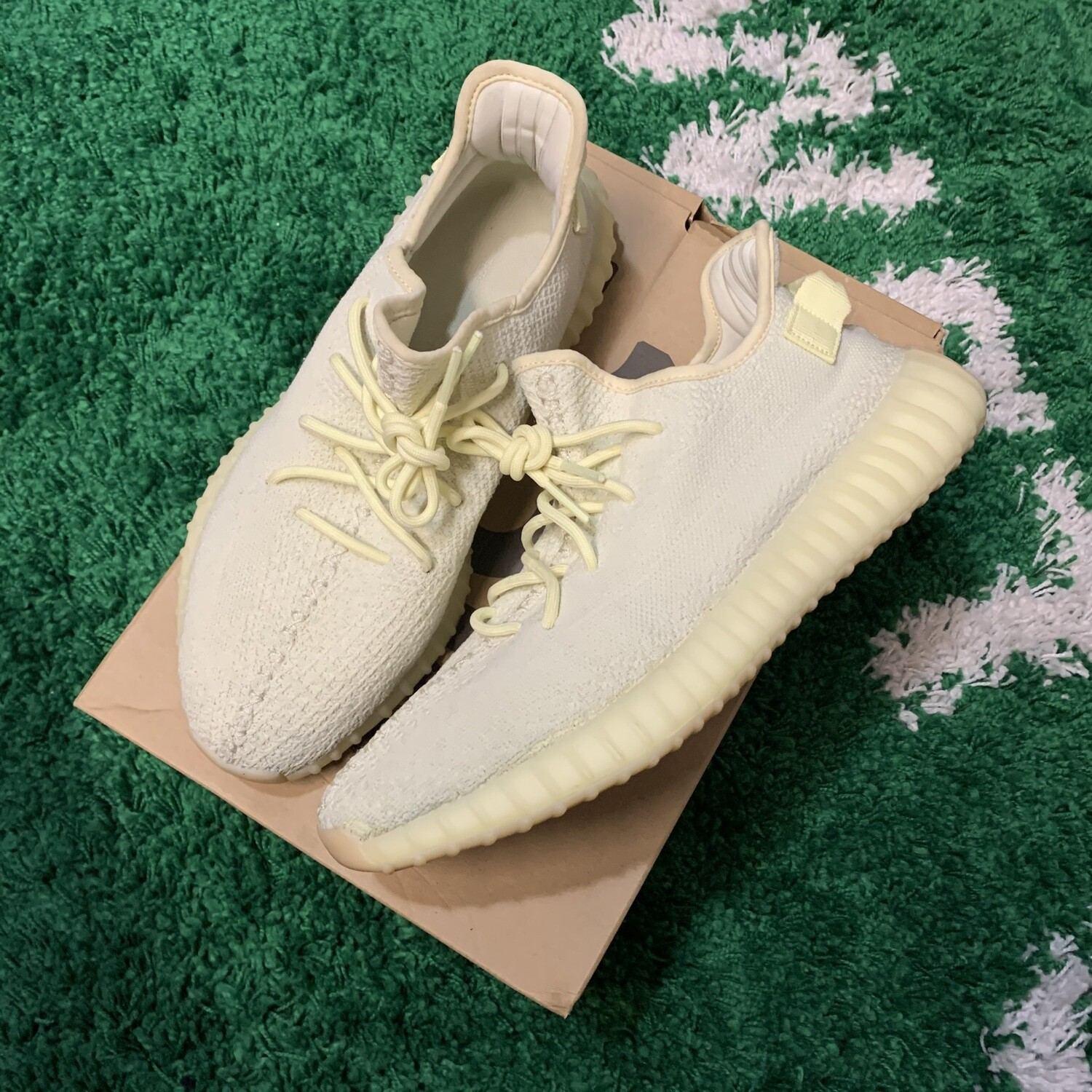 Adidas Yeezy Boost 350 v2 Butter Size 12