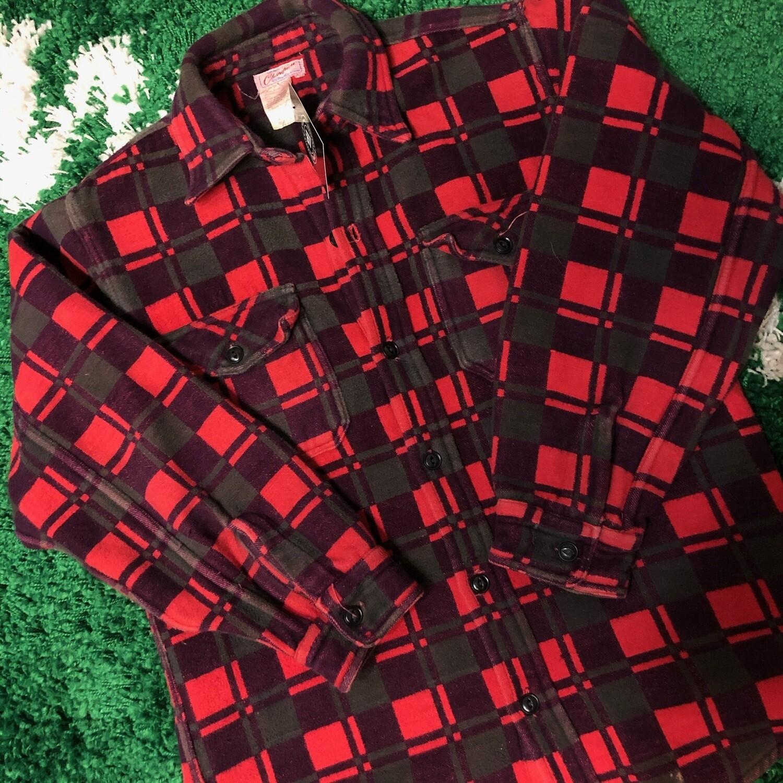 Champion Flannel Size Medium