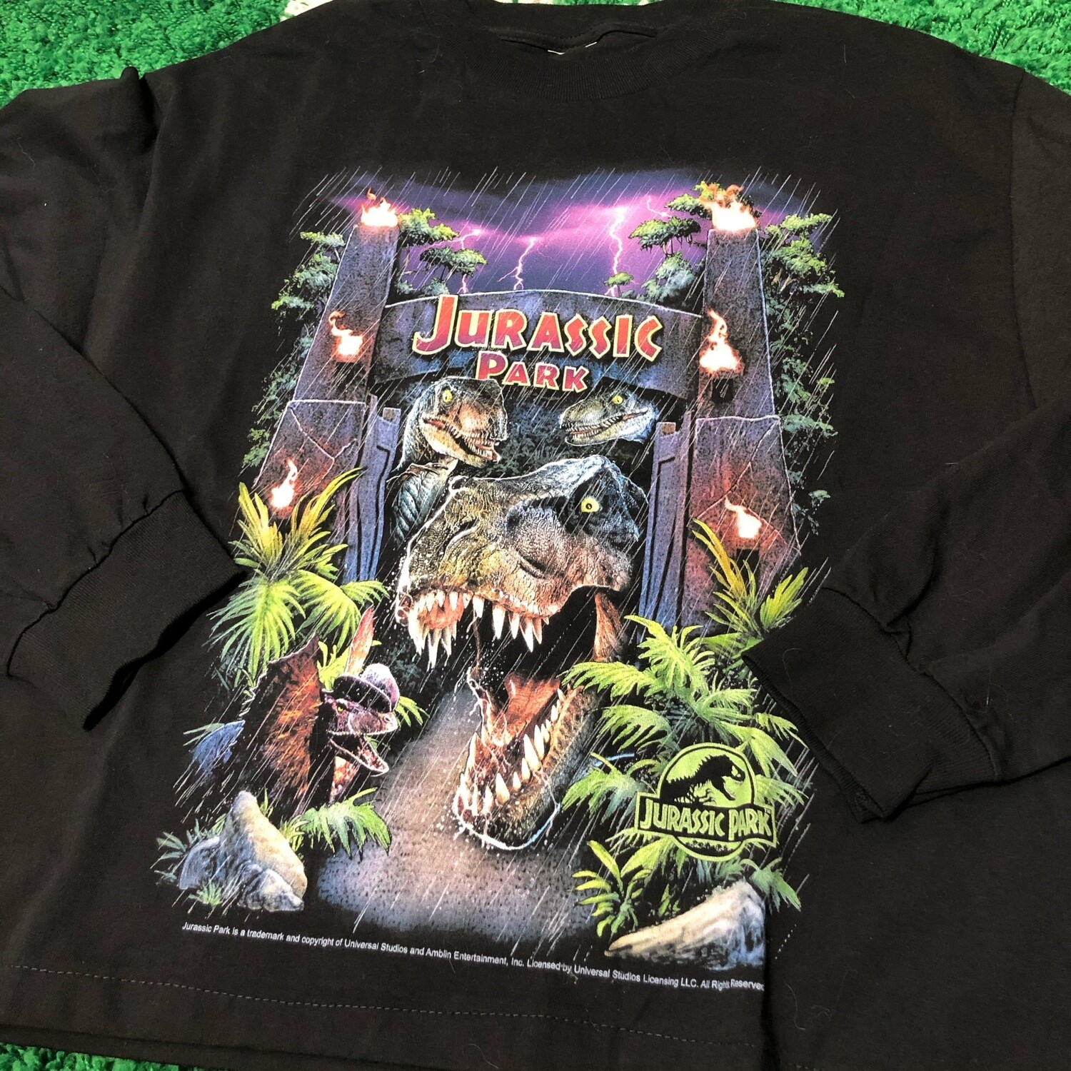 Jurassic Park Long Sleeve Size Small