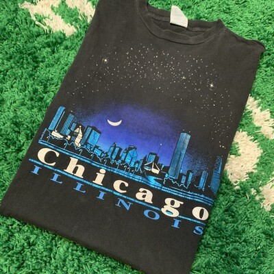 Chicago Illinois Tee Size Large