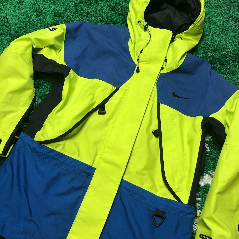 Nike ACG Stormfit Jacket Size Medium