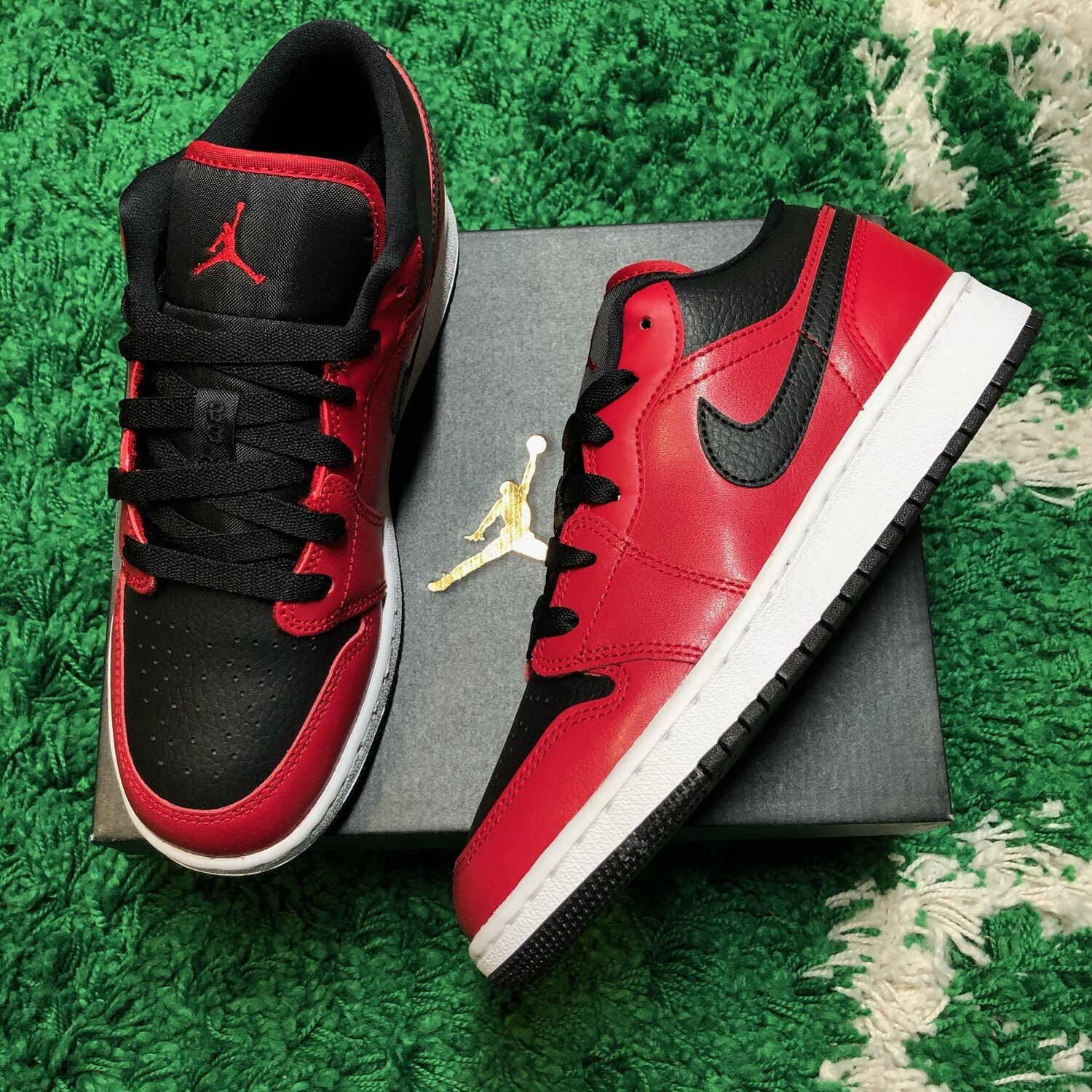 Jordan 1 Low Gym Red Black Pebbled Size 5.5Y