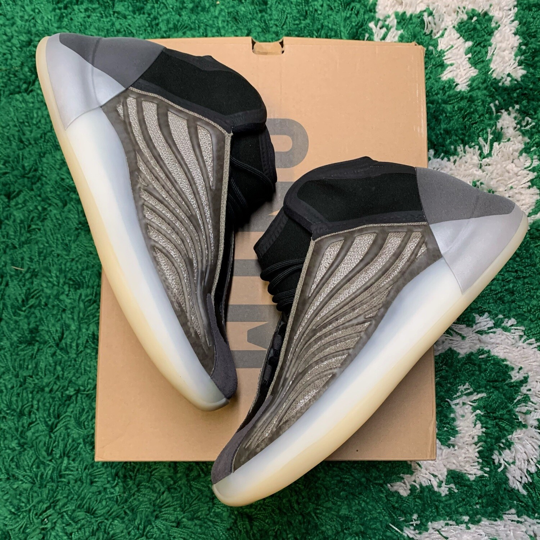 Adidas Yeezy QNTM Barium Size 11