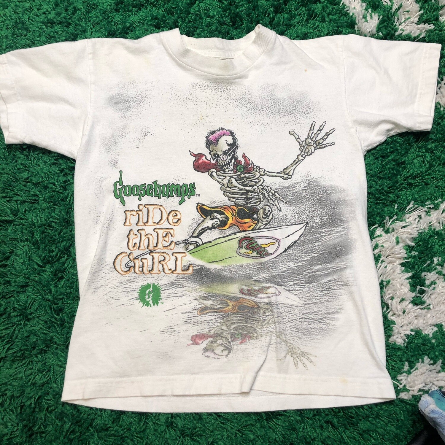 Goosebumps Ride the Curl Tee Size Youth Medium