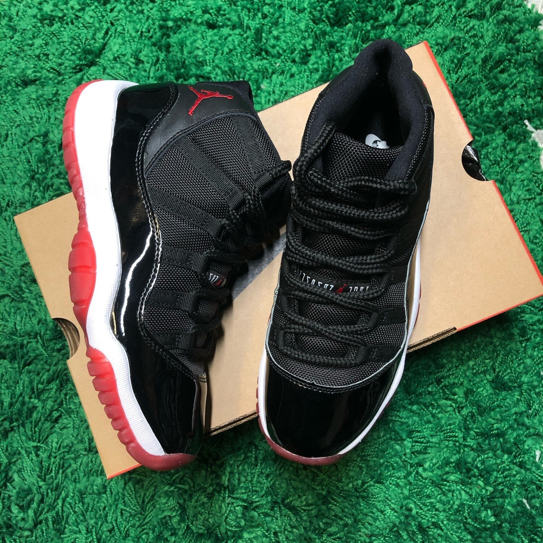 Air Jordan 11 Bred Size 5.5Y