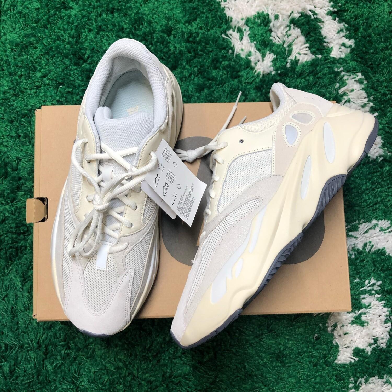 Adidas Yeezy Boost 700 Analog Size 11.5