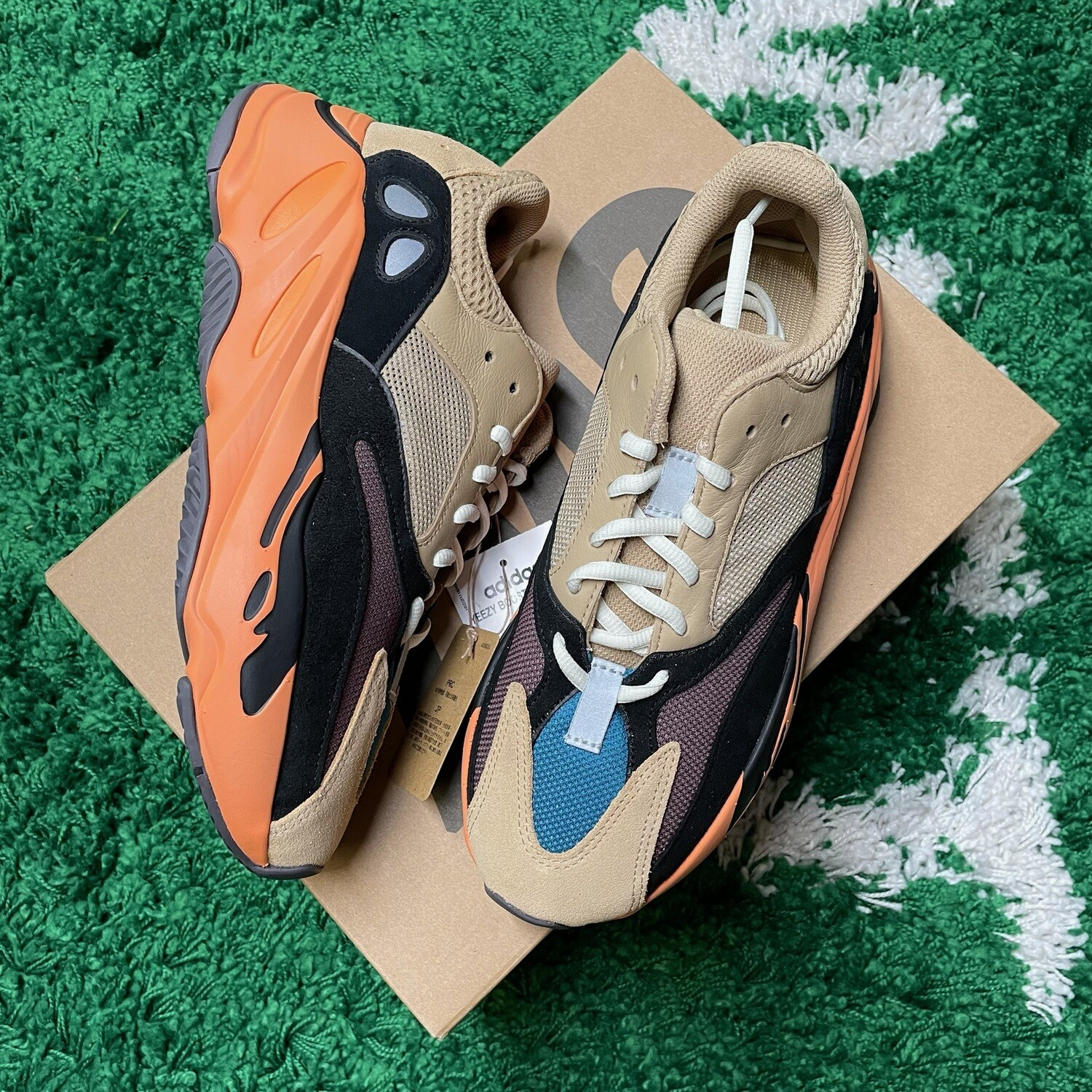 Adidas Yeezy Boost 700 Enflame Amber Size 8.5