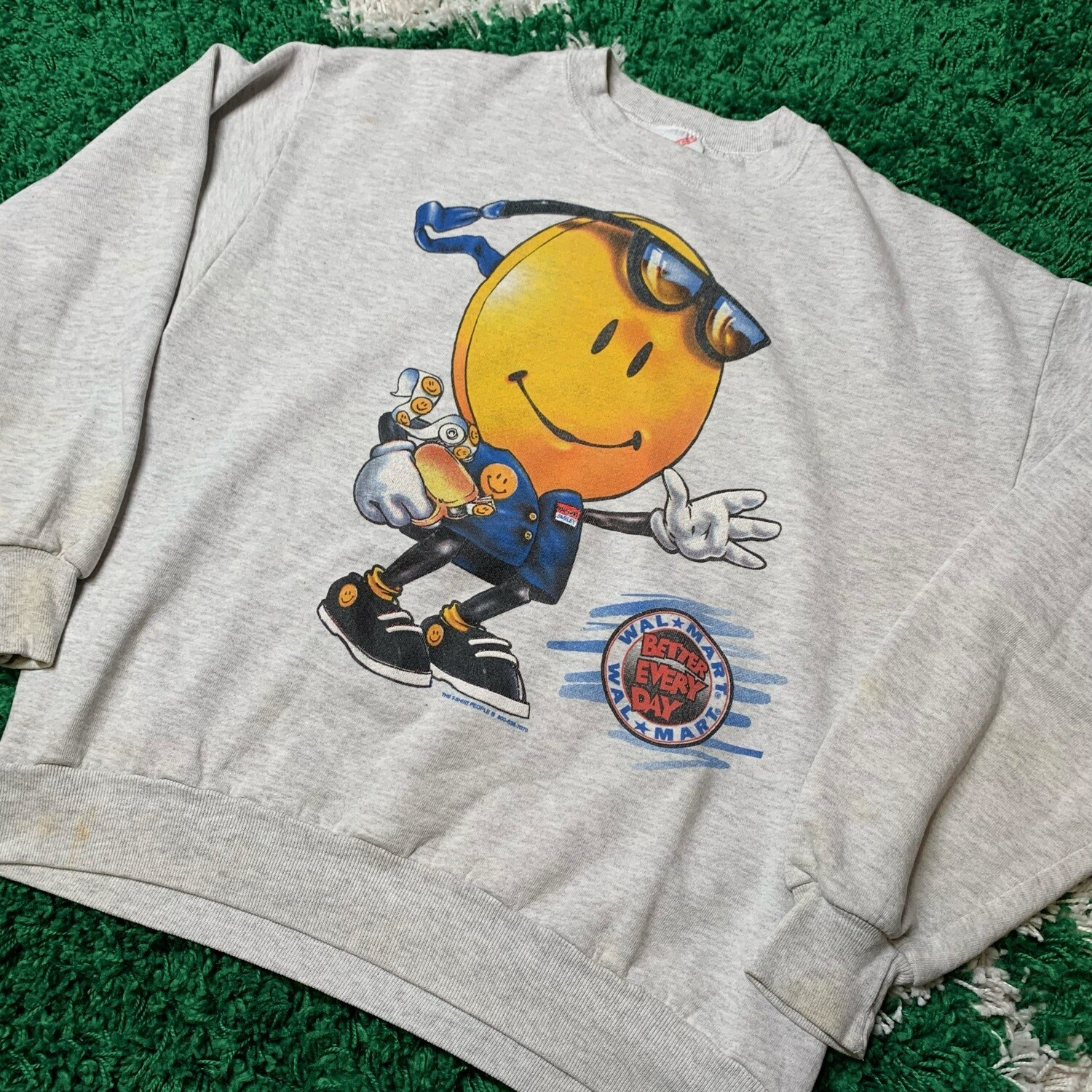 """Walmart """"better every day"""" Sweater size Large"""