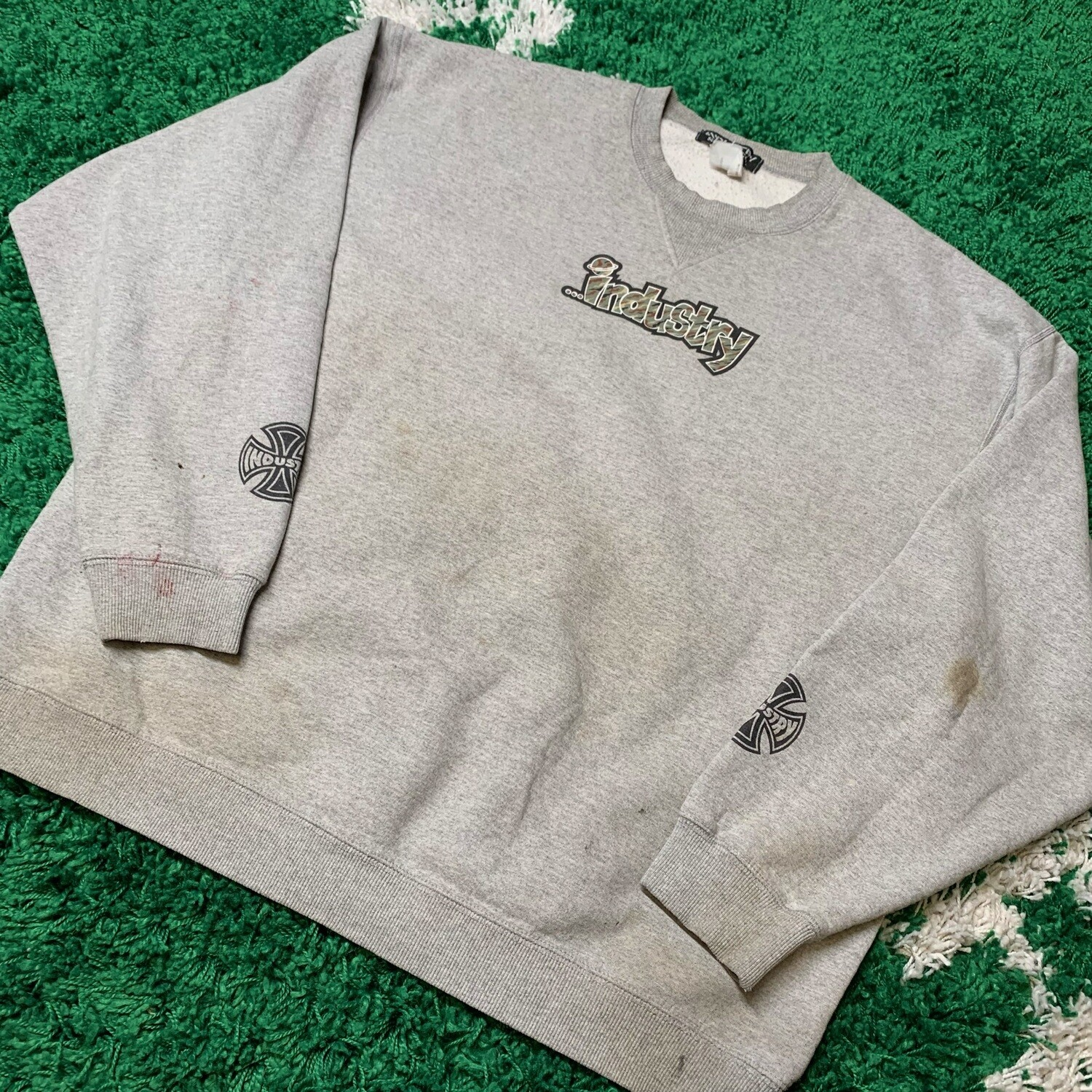 Industry Skate Sweater Size XL