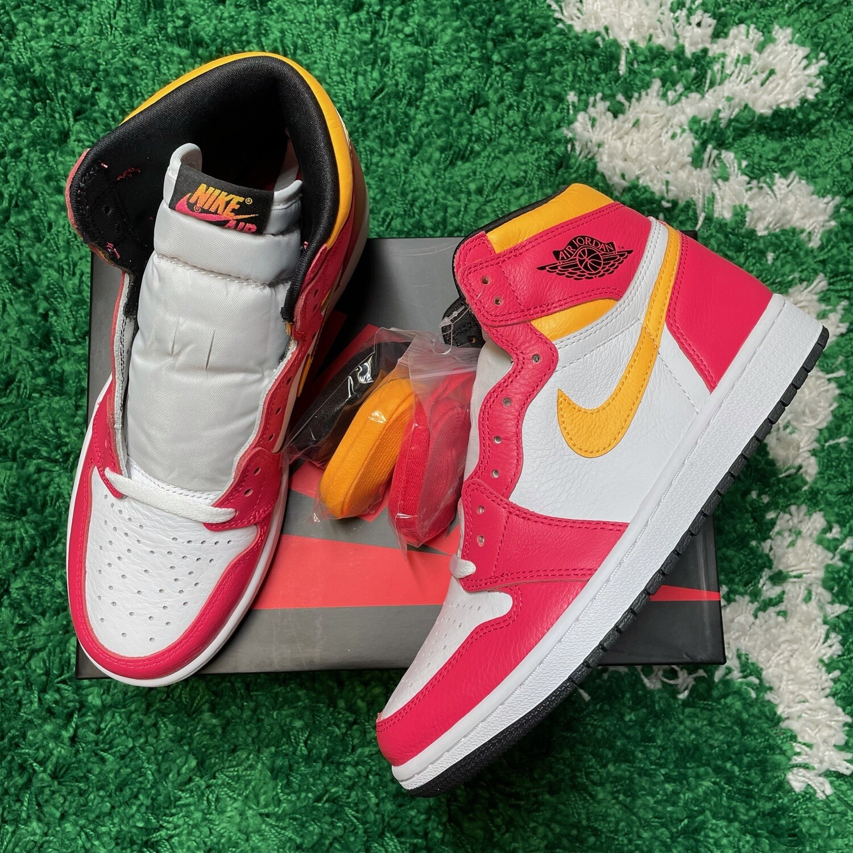 Nike Air Jordan 1 Retro High OG Light Fusion Red Size 9.5