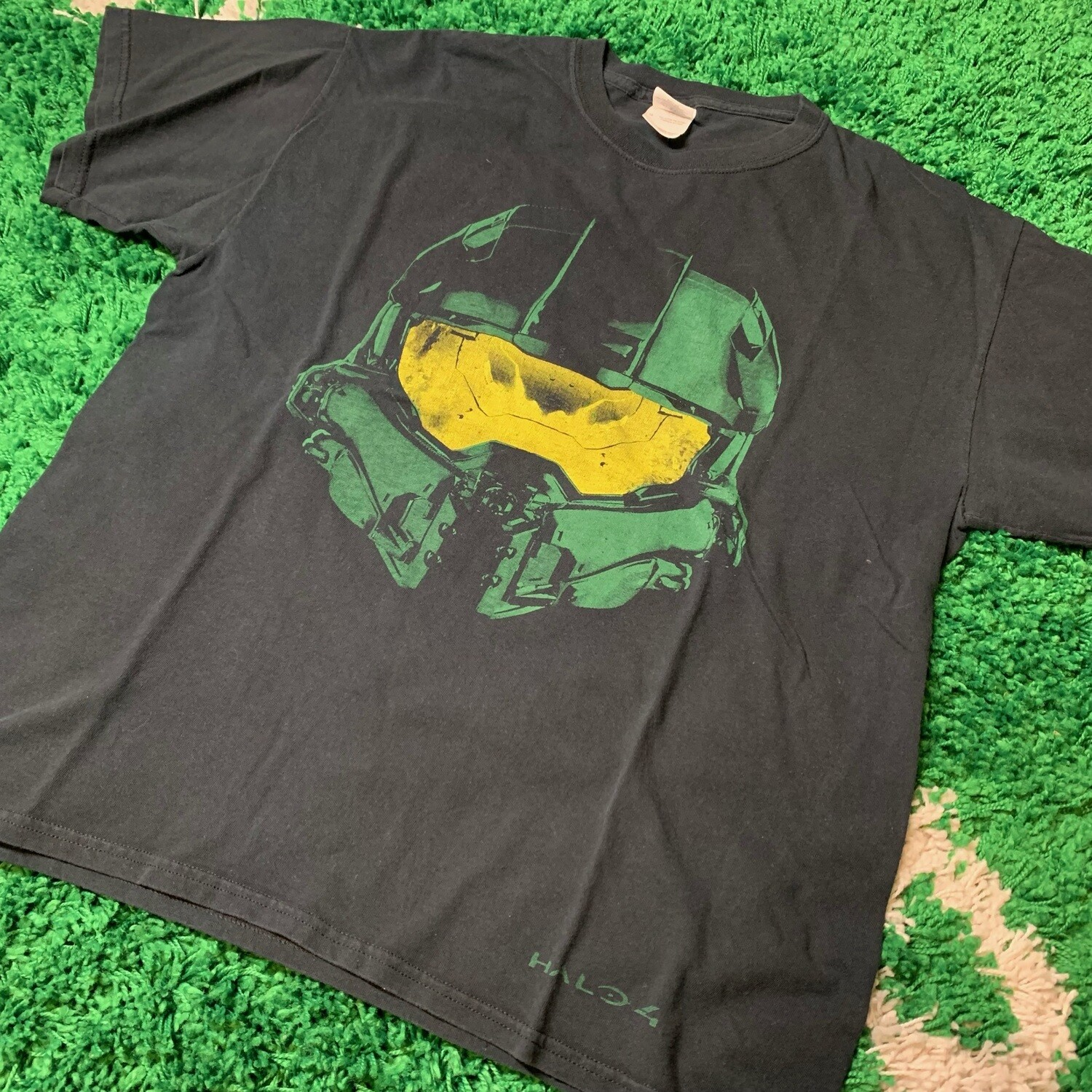 Halo 4 Master Chief Tee Size Large