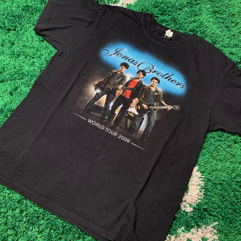 Jonas Brothers World Tour 2009 Tee Size Large