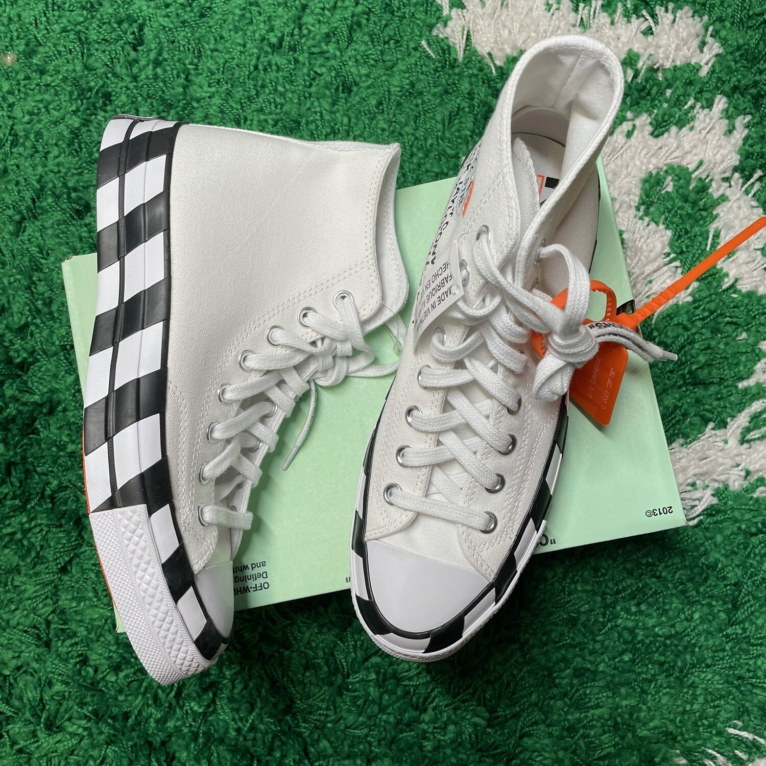 Converse Chuck Taylor All-Star 70s Hi Off-White Size 7