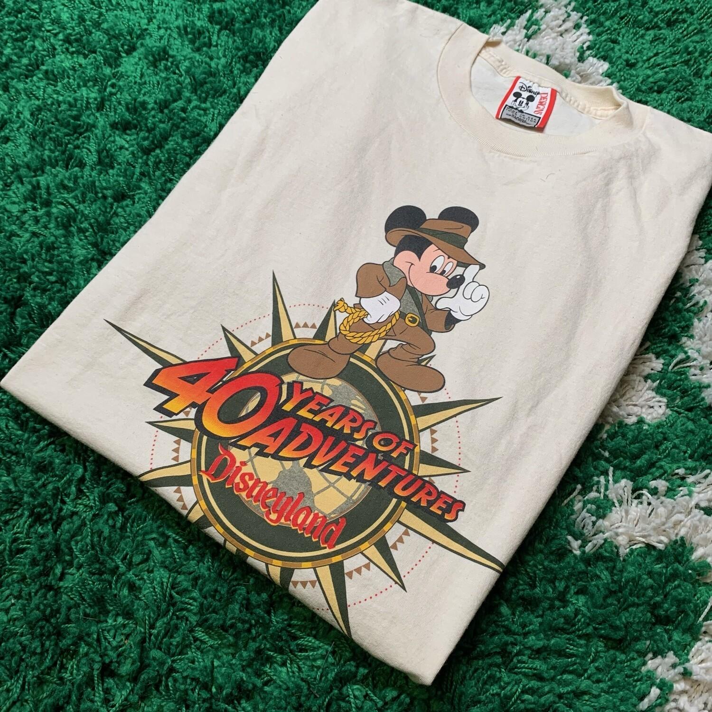 Disneyland 40 Years of Adventures Tee Size XL