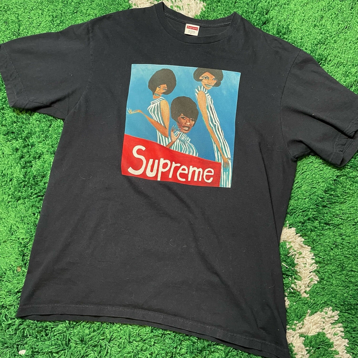 Supreme Group Tee Navy Size Large