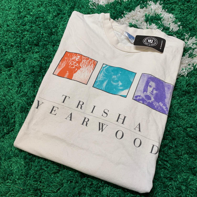 Trisha Yearwood Tee Size XL