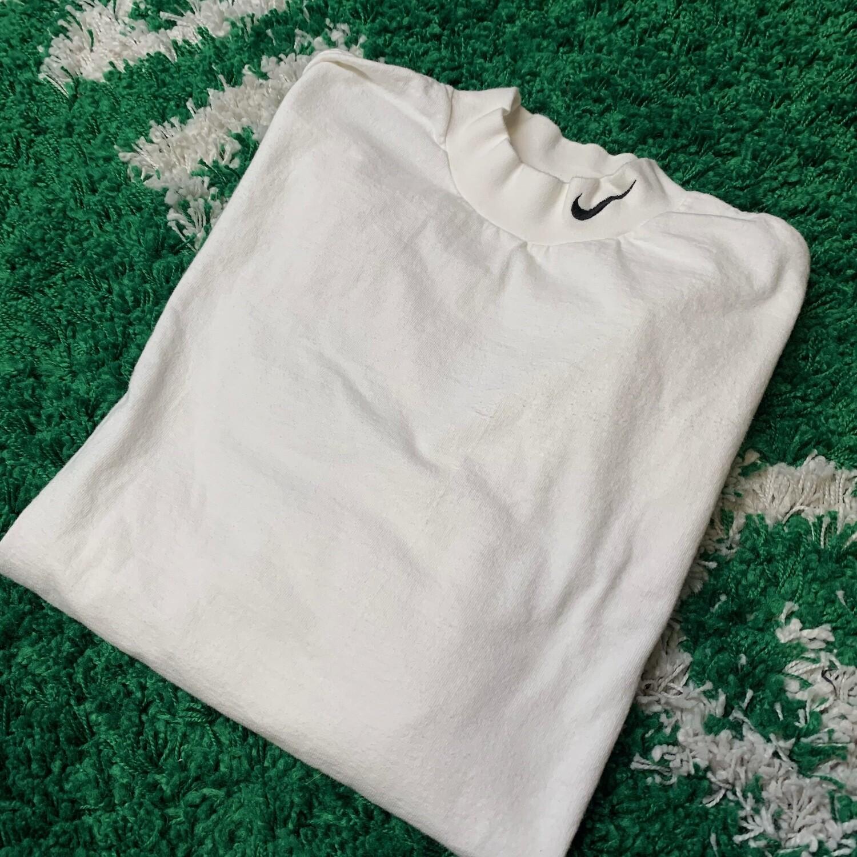 Nike White Mock Neck Swoosh Size XL