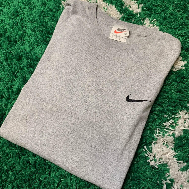 Nike Pocket Swoosh Grey Black Size Medium