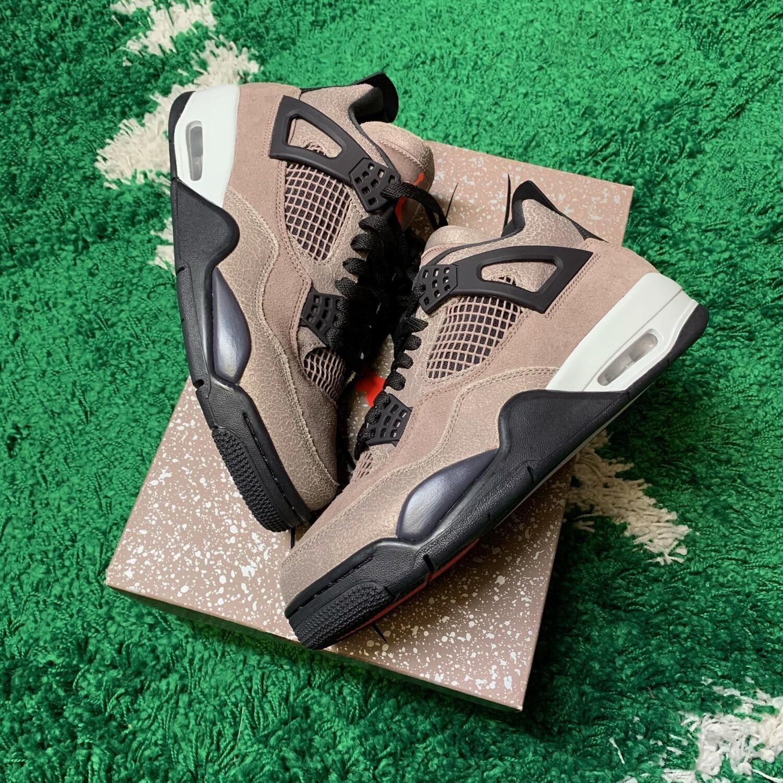 Air Jordan 4 Retro Taupe Haze Size 8