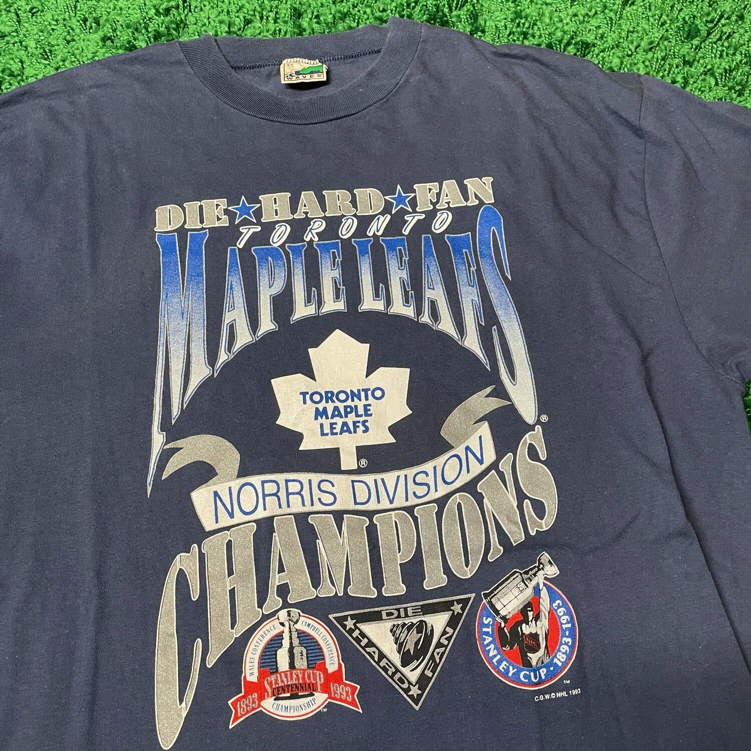 Toronto Maple Leafs Division Champions Size XL