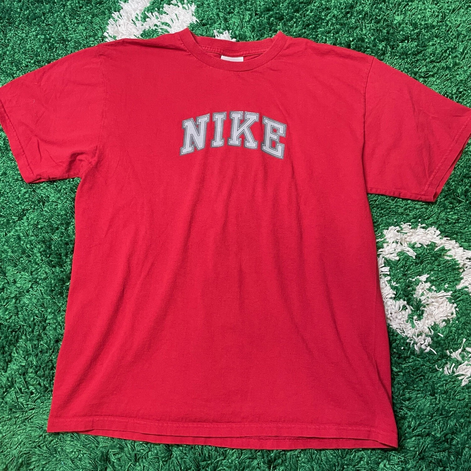 Nike Spell out tee red Size Medium