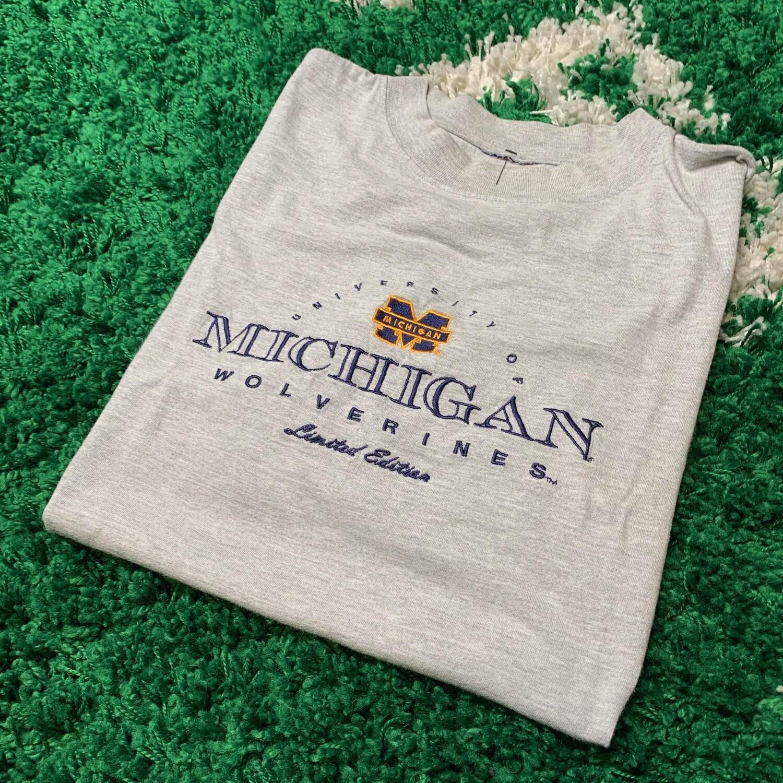 University of Michigan, Michigan Wolverines Limited Edition Size Large