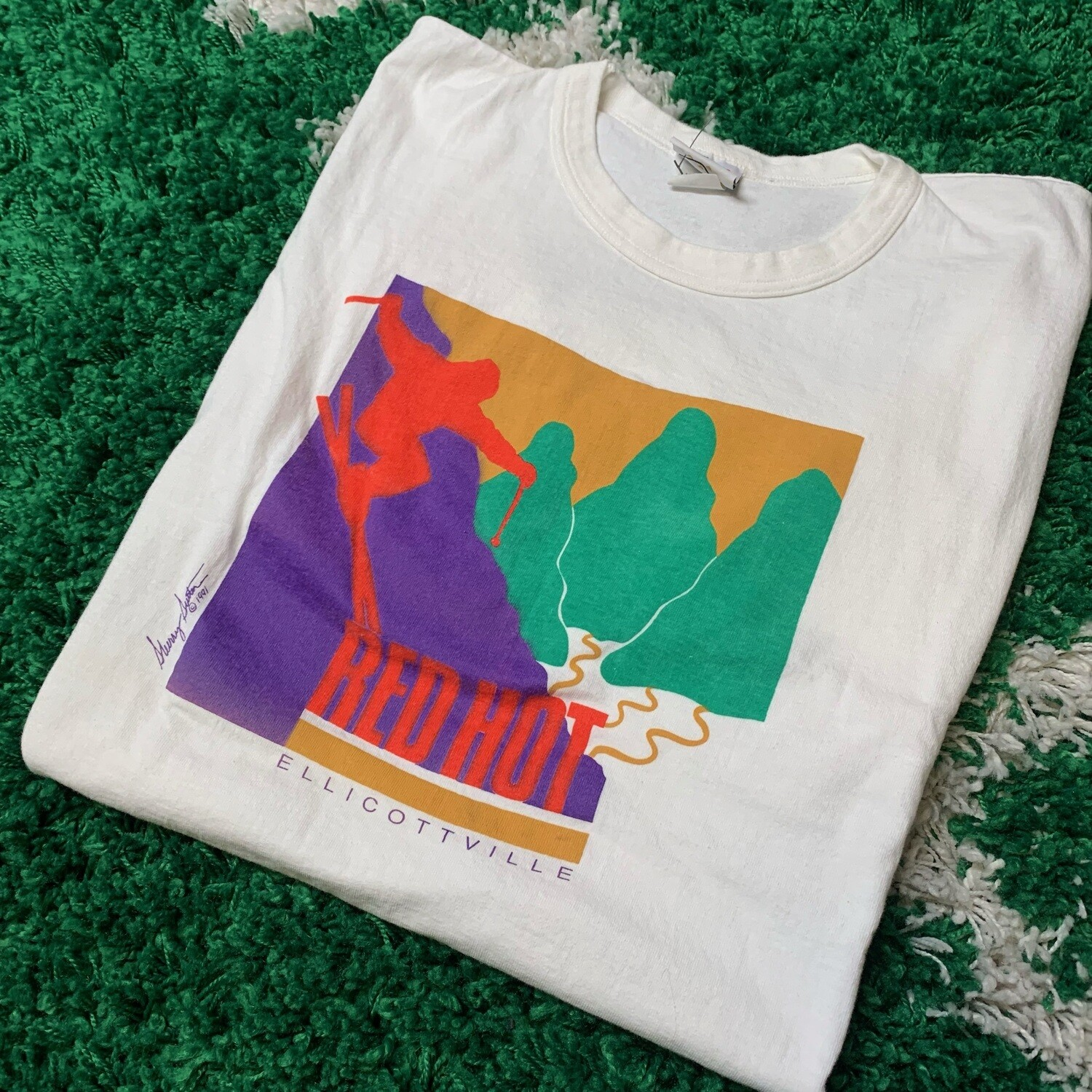 Red Hot Ellicottville Tee Size XL