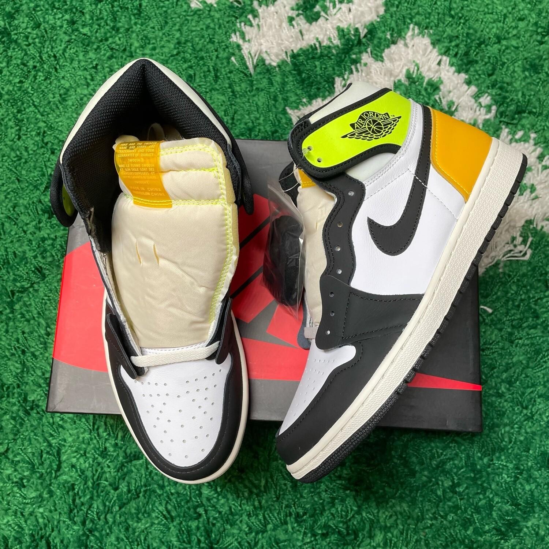 Air Jordan 1 Retro High White Black Volt University Gold Size 10