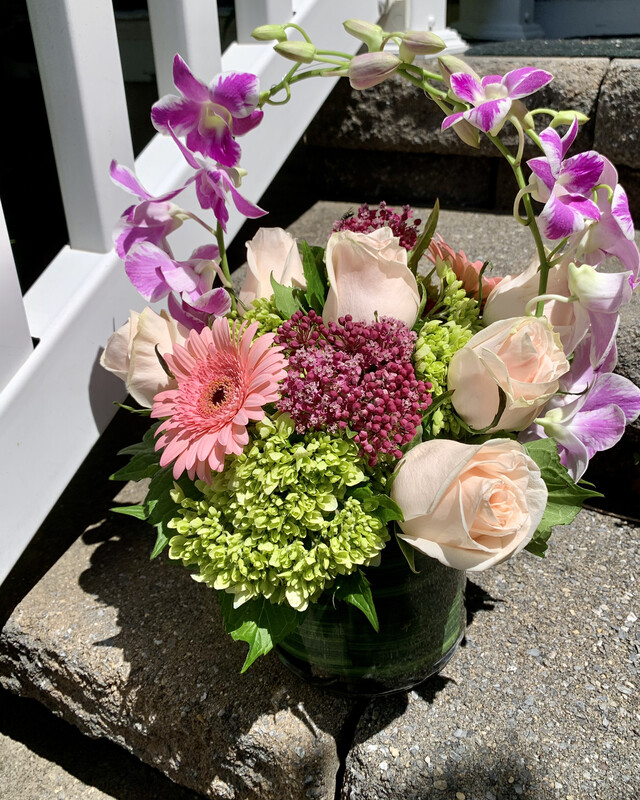 $95 Seasonal Fresh Flower Vase Arrangement