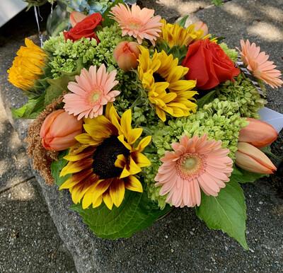 $90 Seasonal Fresh Flower Vase Arrangement