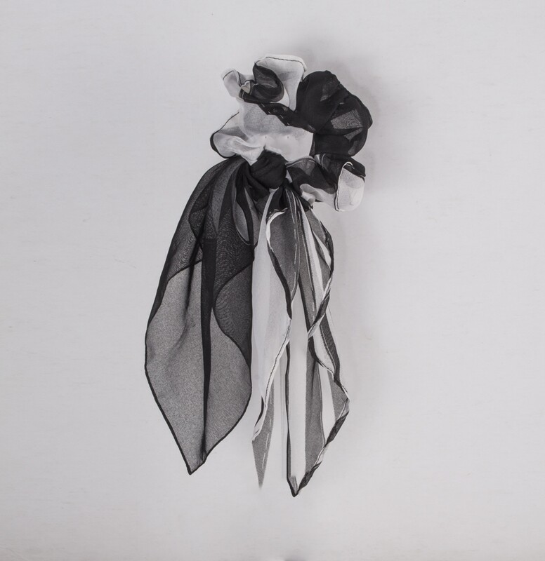 Scrunchie with Small Cloth