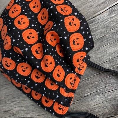 Ladies Medium Face Mask   Pumpkins