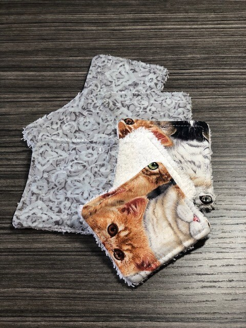 Facial Wipes  Re-Usable   Cats & Grey floral