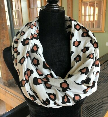 Leopard Print Infinity Scarf with Hidden Pocket (Knit)