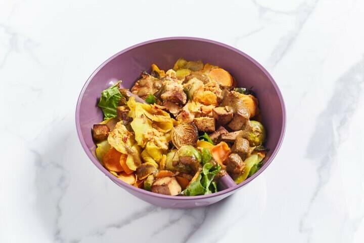 Mittwoch: Kartoffel-Möhren-Gratin mit Rosenkohl und Tofu